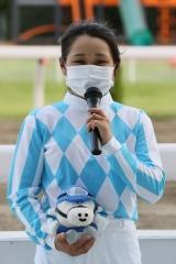 210526 神尾香澄騎手 初勝利-11