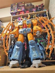 Hasbro社クラウドファンディング商品】トランスフォーマー WAR FOR CYBERTRON ユニクロン プラネットモード (50