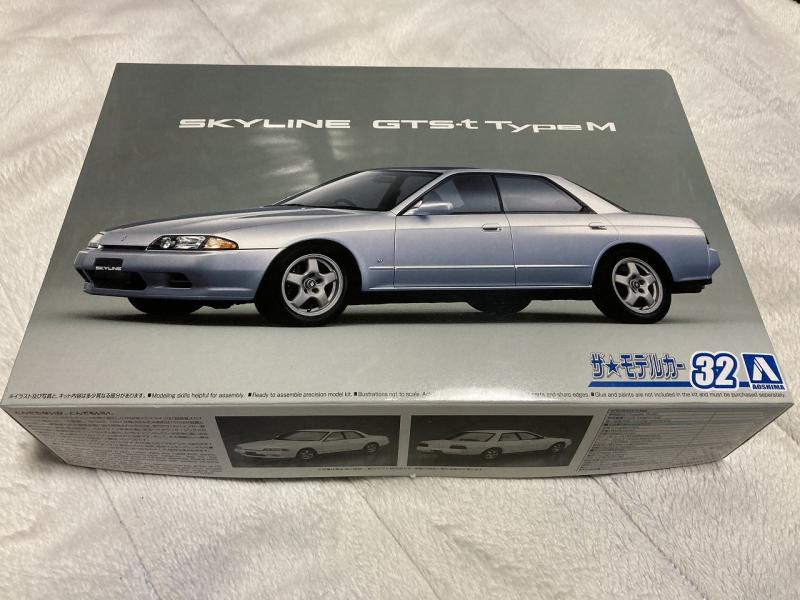 アオシマ モデルカー R32 スカイライン スリットマスク