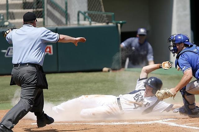 baseball-1518249_640.jpg