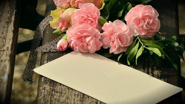 bouquet-1463378_640.jpg