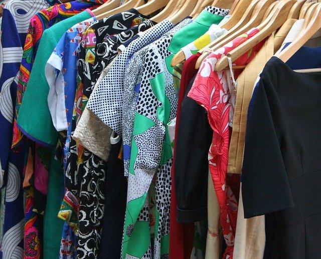 dresses-53319_640.jpg