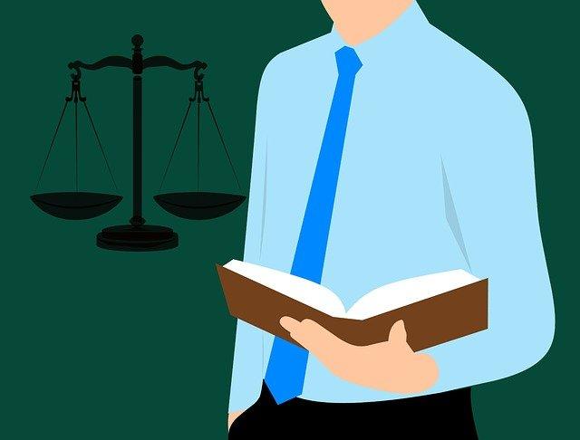 lawyer-3268430_640.jpg