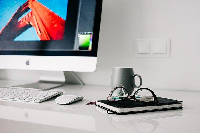 office-820390_640.jpg