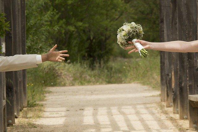wedding-1146324_640.jpg