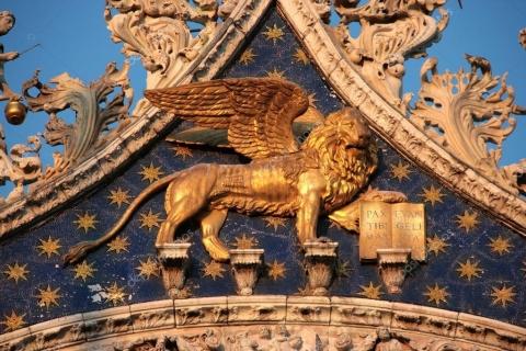 depositphotos_24759605-stock-photo-venezia-winged-golden-lion-in.jpg