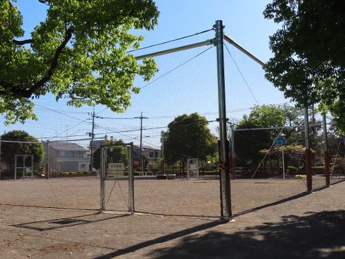 ボール遊び広場