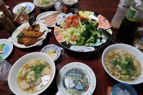 秋刀魚フライ残り、豚汁、キャベツ&ブロッコリー&トマト、岩下の新生姜