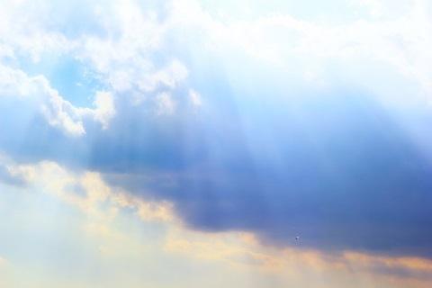 210430 空と光