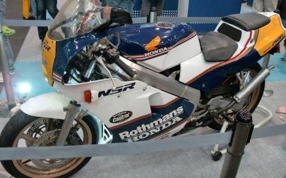 ホンダNSR250R(MC18)88年型HONDA静岡ホビーショー2011年アオシマ新製品オートバイ1/12プラモデル