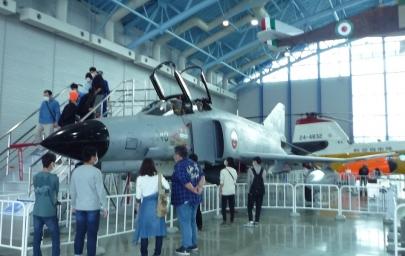 防衛省MOD航空自衛隊(Japan Air Self-Defense Force、 JASDF)要撃戦闘機F-4EJEJ改三菱重工 F-4EJ戦闘機 - Mitsubishi Heavy Industries2021年全機退役マクドネル・ダグラスMcDonnell Douglas F-4EJ(改)ファントムII百里基地第301飛行隊浜松基地 Hamamatsu Airbase浜松広報館エア
