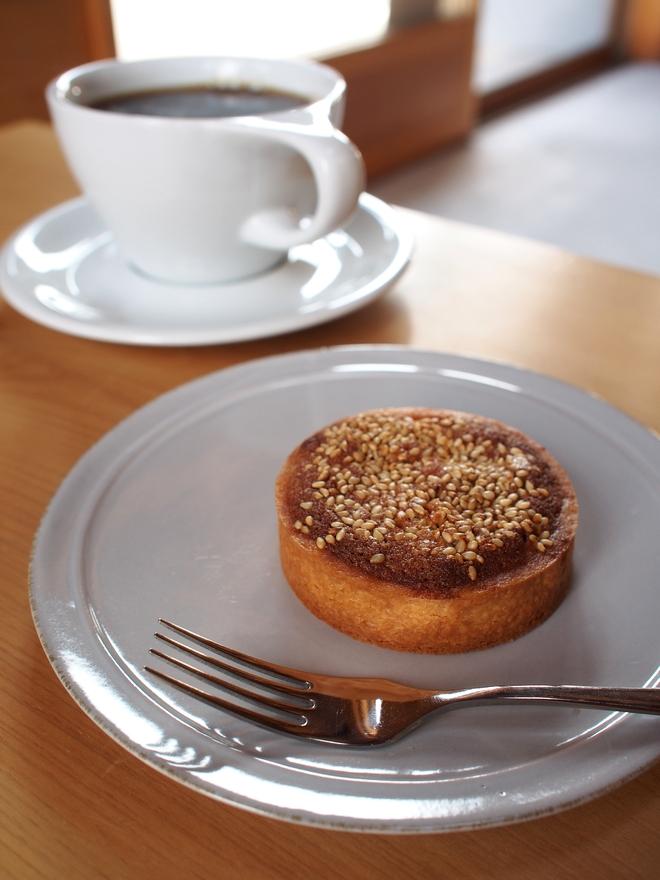3軒長屋 みよし珈琲 フランス菓子LICO
