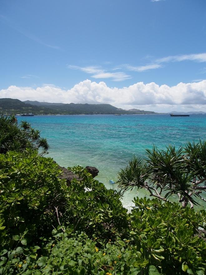 沖縄旅行2021年2日目 瀬底島の海