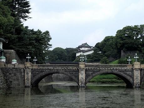2021年4月28日昭和史を見守ってきた皇居の二重橋の画像