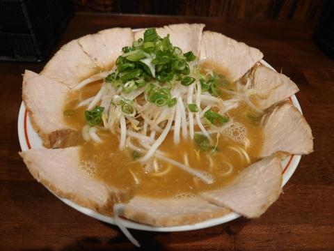 喜八屋・横川店(チャーシュー麺)