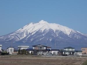 4月12日岩木山