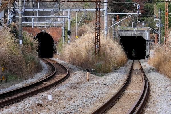 210103_113344名越トンネル_1200