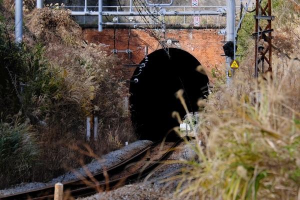 210103_113612名越トンネル_1200s