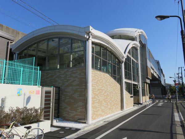 昨年12月に完成した北綾瀬駅1番出口(北改札)