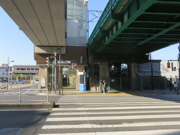 環七通り側の出口