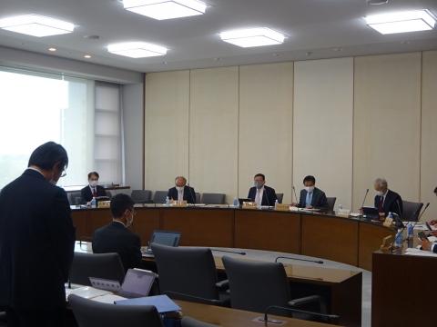 「臨時議会・総務企画委員会が開かれました。」⑧