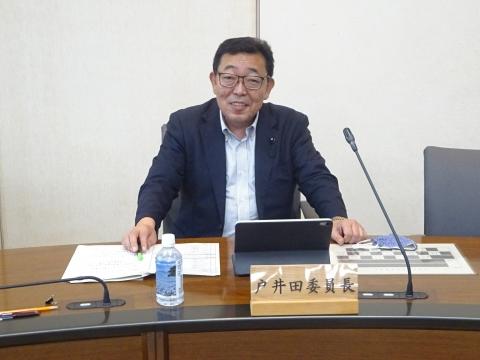 「総務企画委員会」資料の持ち合わせが無い件を厳重注意しました。⓪