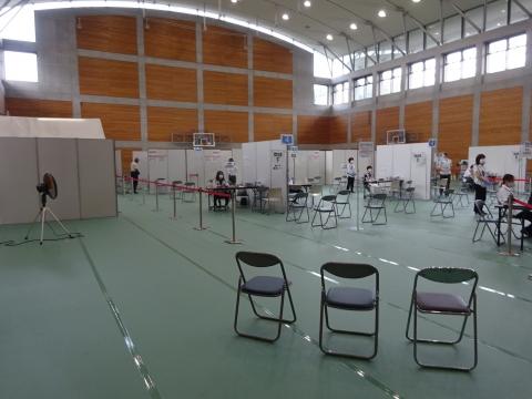 「茨城県庁福利厚生棟で、2回目のコロナウイルスワクチンを接種しました。」 (5)