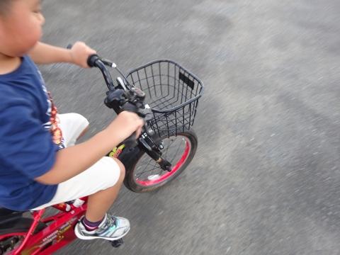 「玲央くんが自転車に乗れるようになりました!」②