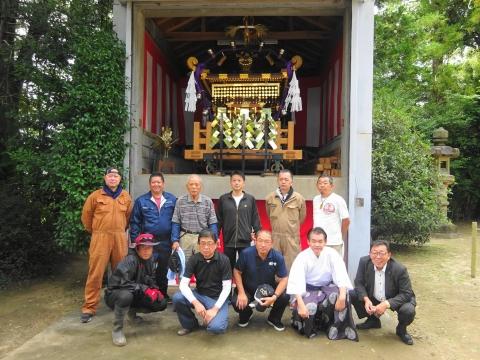 「常陸國總社宮例大祭の大神輿が寂しそうでした。」 (1)