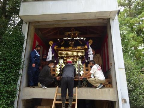 「常陸國總社宮例大祭の大神輿が寂しそうでした。」 (9)