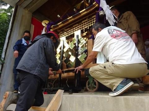 「常陸國總社宮例大祭の大神輿が寂しそうでした。」 (10)