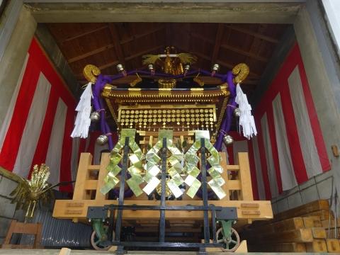 「常陸國總社宮例大祭の大神輿が寂しそうでした。」 (11)