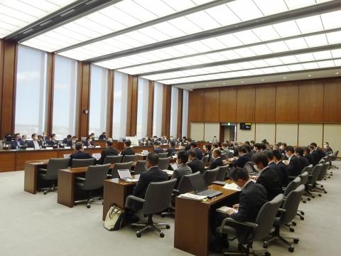 「予算特別委員会が開催されました。」⑤