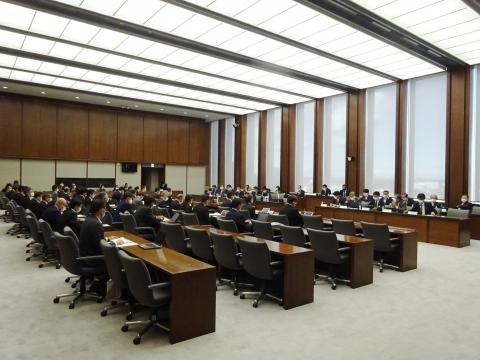 「予算特別委員会が開催されました。」④